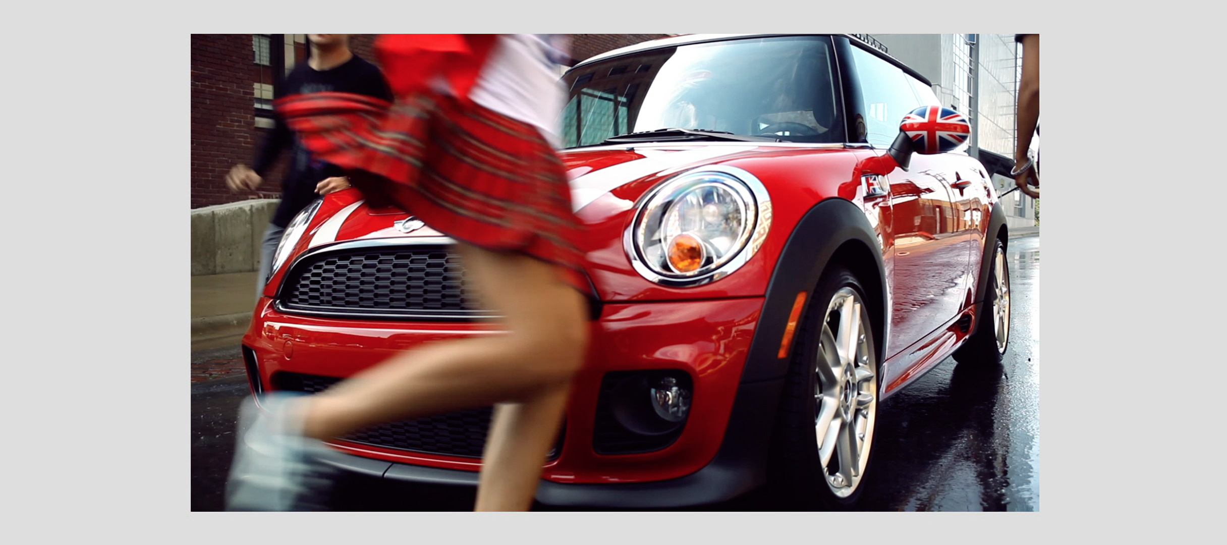 "MINI COOPER ""FIRE DRILL"""